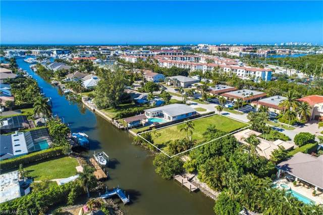 1598 Curlew Ave, Naples, FL 34102 (MLS #219078693) :: The Naples Beach And Homes Team/MVP Realty