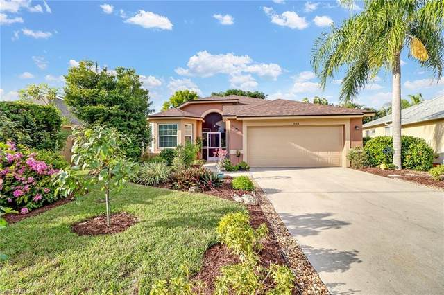 833 Mount Hood Ct, Naples, FL 34104 (MLS #219079513) :: #1 Real Estate Services