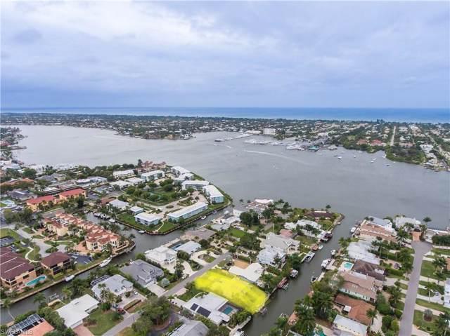 1455 Pelican Ave, Naples, FL 34102 (MLS #219084105) :: Clausen Properties, Inc.