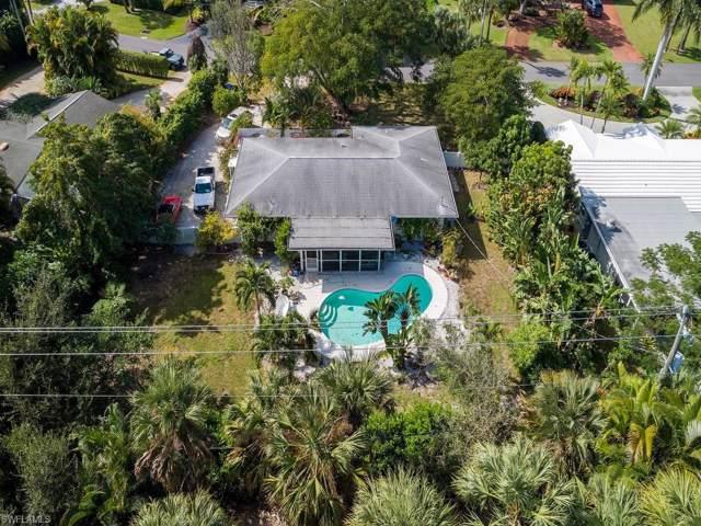 1546 Mandarin Rd, Naples, FL 34102 (MLS #220000929) :: Clausen Properties, Inc.