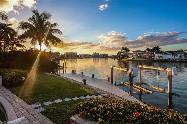 3139 Leeward Ln, Naples, FL 34103 (MLS #220013001) :: Kris Asquith's Diamond Coastal Group