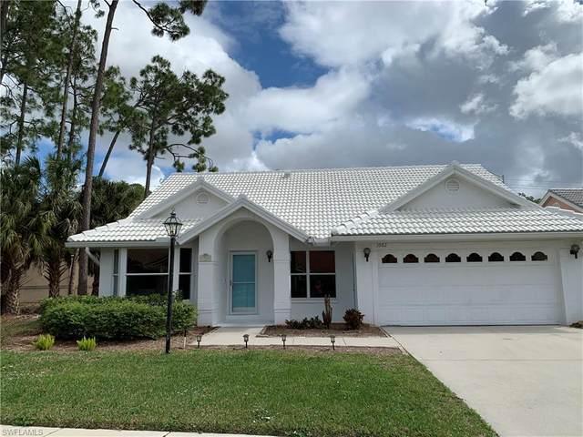 3982 Royal Wood Blvd, Naples, FL 34112 (#220014259) :: The Dellatorè Real Estate Group