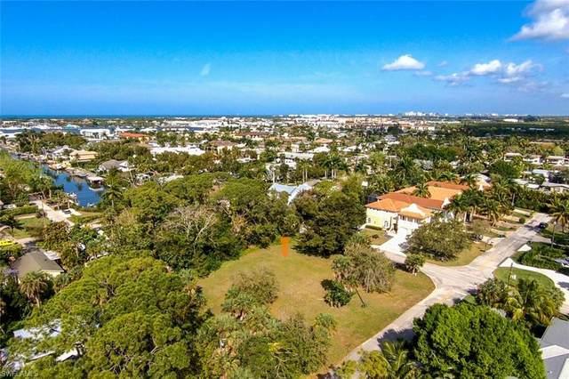 1780 Carlton Ave, Naples, FL 34112 (MLS #220014363) :: Clausen Properties, Inc.