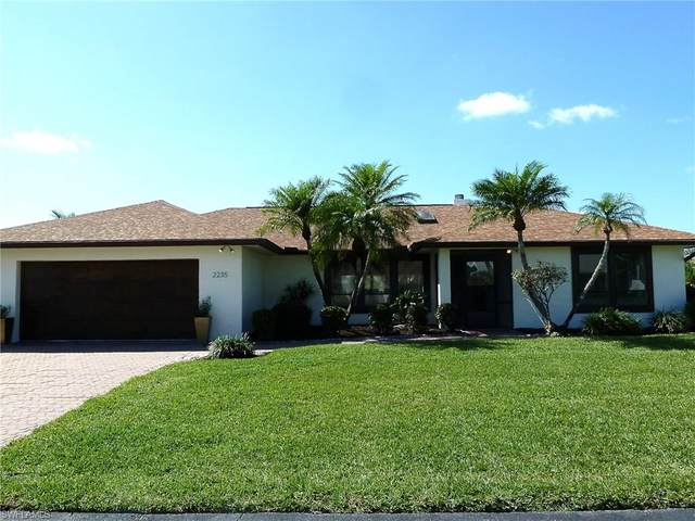 2235 Imperial Golf Course Blvd, Naples, FL 34110 (MLS #220015158) :: Sand Dollar Group