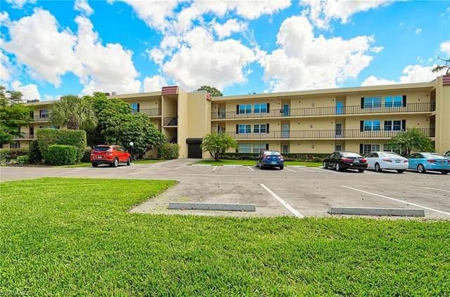 1085 Forest Lakes Dr #8106, Naples, FL 34105 (#220021395) :: Caine Premier Properties