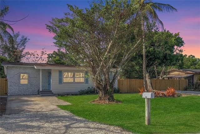 2670 Barrett Ave, Naples, FL 34112 (#220021530) :: Caine Premier Properties