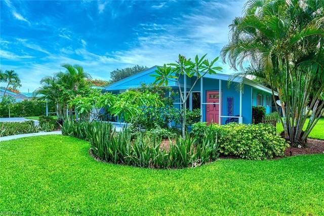 1216 10th St N, Naples, FL 34102 (#220024189) :: The Dellatorè Real Estate Group