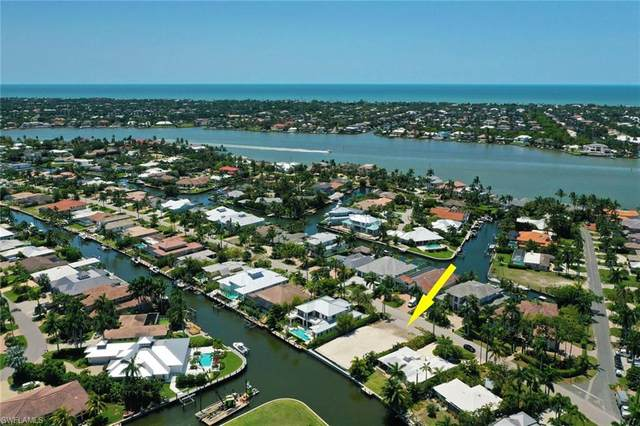1939 Tarpon Rd, Naples, FL 34102 (MLS #220027075) :: #1 Real Estate Services