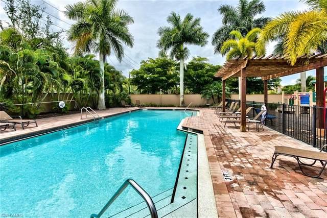 1490 Serrano Cir, Naples, FL 34105 (#220032054) :: Southwest Florida R.E. Group Inc