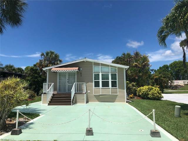 1017 Silver Lakes Blvd, Naples, FL 34114 (MLS #220032361) :: The Naples Beach And Homes Team/MVP Realty