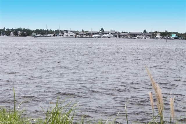 1303 Marlin Dr, Naples, FL 34102 (#220034737) :: Caine Premier Properties