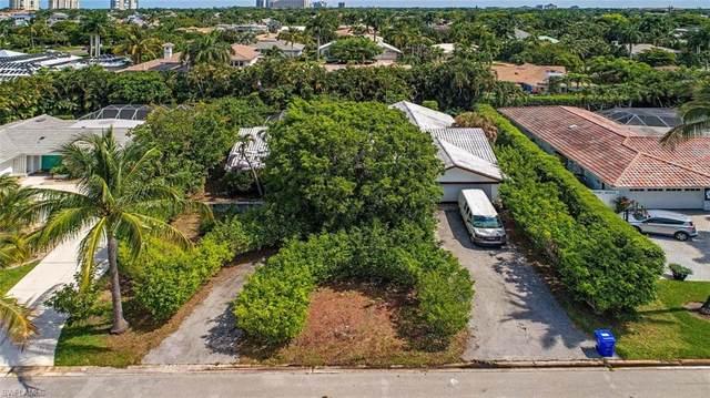 509 Turtle Hatch Rd, Naples, FL 34103 (#220035208) :: The Dellatorè Real Estate Group