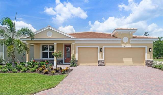 3841 Helmsman Dr, Naples, FL 34120 (#220038847) :: The Michelle Thomas Team