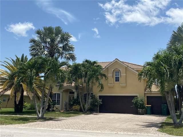 2172 Grove Dr, Naples, FL 34120 (MLS #220039626) :: Dalton Wade Real Estate Group