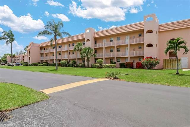 150 Turtle Lake Ct #209, Naples, FL 34105 (#220040495) :: Southwest Florida R.E. Group Inc