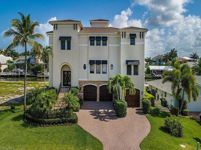 225 Conners Ave, Naples, FL 34108 (MLS #220041583) :: The Naples Beach And Homes Team/MVP Realty