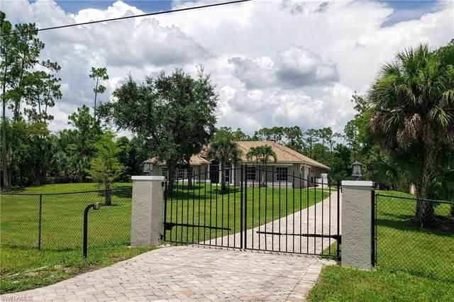 3092 4th St NE, Naples, FL 34120 (MLS #220042285) :: NextHome Advisors