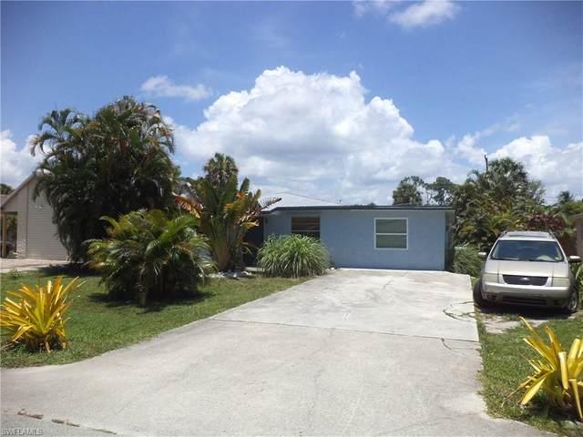 4621 Lombardy Ln, Naples, FL 34112 (MLS #220042327) :: Palm Paradise Real Estate