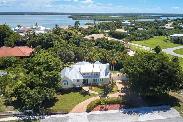 811 Inlet Dr, Marco Island, FL 34145 (MLS #220052157) :: NextHome Advisors