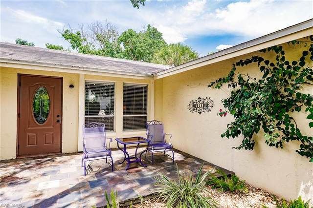 769 97th Ave N, Naples, FL 34108 (#220052873) :: Equity Realty