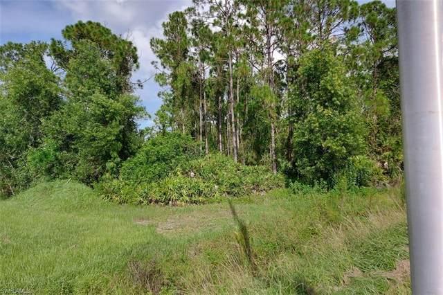504 Meadow Lot 3 Rd, Lehigh Acres, FL 33973 (#220053246) :: Earls / Lappin Team at John R. Wood Properties
