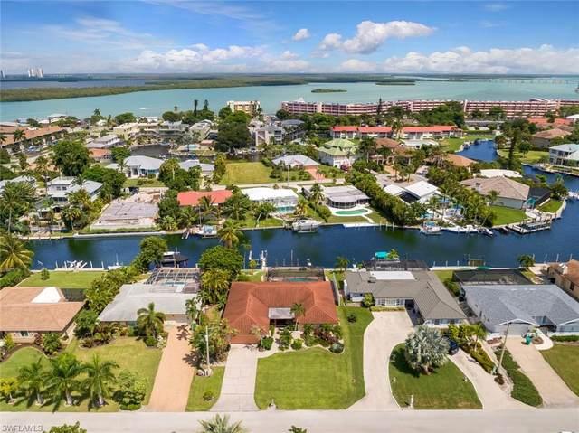 1143 Edington Pl, Marco Island, FL 34145 (MLS #220057536) :: Florida Homestar Team