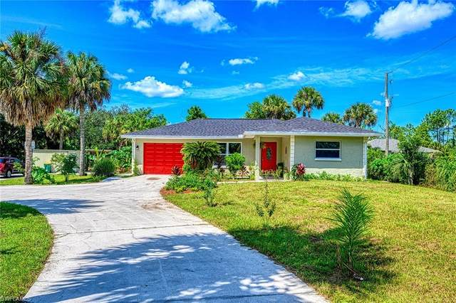 731 19th St NW, Naples, FL 34120 (#220059330) :: Equity Realty