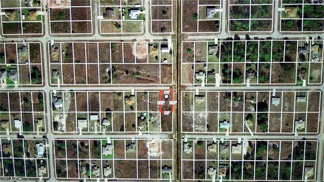 4101 33rd St SW, Lehigh Acres, FL 33976 (MLS #220060076) :: RE/MAX Realty Group