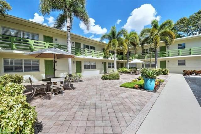 975 9th Ave S #18, Naples, FL 34102 (#220064221) :: The Dellatorè Real Estate Group