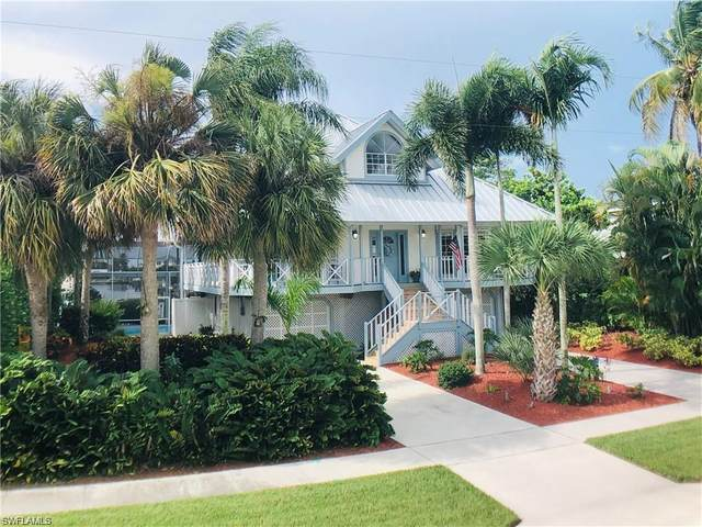 305 Colonial Ave, Marco Island, FL 34145 (MLS #220069375) :: Domain Realty