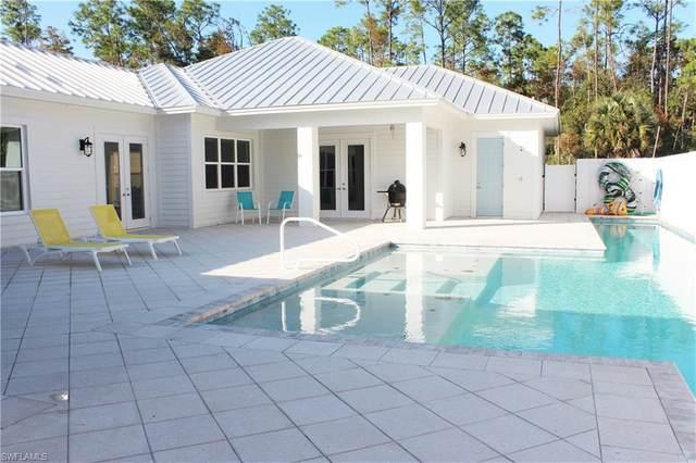 6184 Whitaker Rd, Naples, FL 34112 (MLS #220078214) :: Dalton Wade Real Estate Group