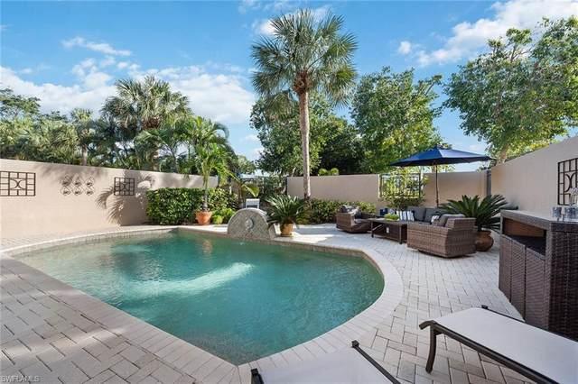 4846 Boulevard Ct W, Naples, FL 34103 (#221004786) :: The Dellatorè Real Estate Group