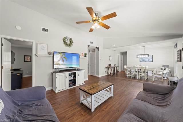 760 7th St SW, Naples, FL 34117 (MLS #221010245) :: Clausen Properties, Inc.