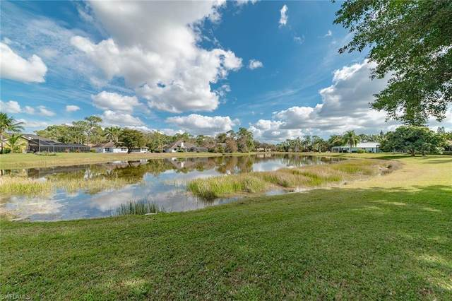 2206 Kings Lake Blvd, Naples, FL 34112 (MLS #221011733) :: Domain Realty