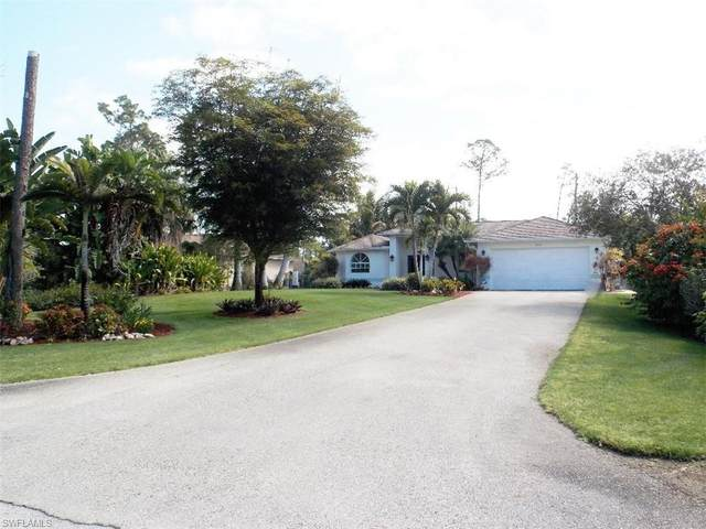 2330 Robin Dr, Naples, FL 34117 (MLS #221017970) :: RE/MAX Realty Group