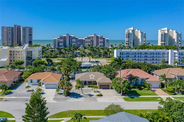 772 Seagrape Dr, Marco Island, FL 34145 (MLS #221025455) :: Clausen Properties, Inc.