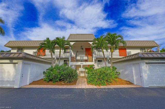 990 8th St S 2B, Naples, FL 34102 (#221026090) :: Caine Luxury Team