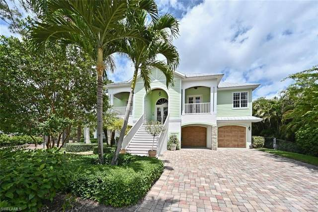 5811 Sea Grass Ln, Naples, FL 34116 (MLS #221027173) :: Clausen Properties, Inc.