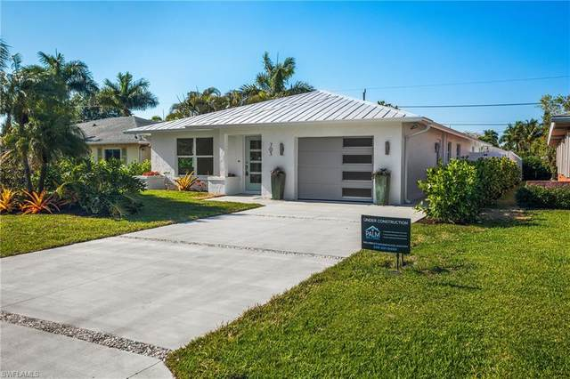 705 105th Ave N, Naples, FL 34108 (MLS #221028895) :: Domain Realty