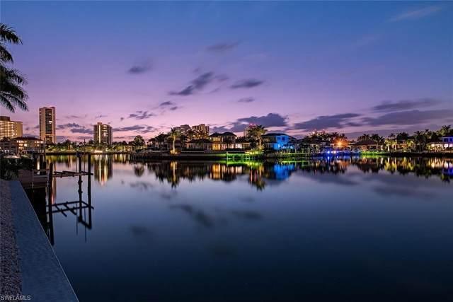403 Neapolitan Way, Naples, FL 34103 (MLS #221031184) :: Wentworth Realty Group