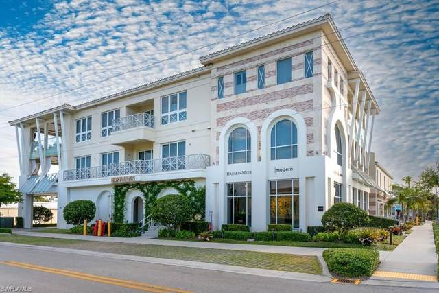 382 12th Ave S #302, Naples, FL 34102 (MLS #221035132) :: Bowers Group | Compass