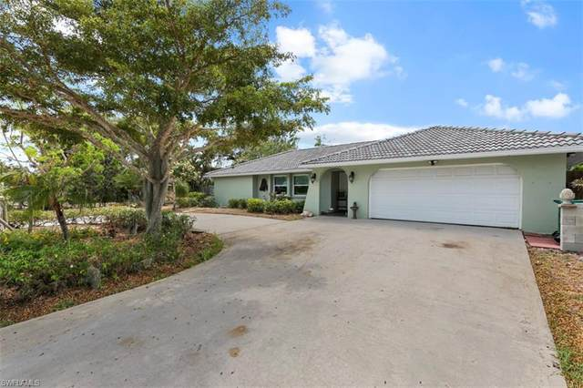 1828 Dogwood Dr, Marco Island, FL 34145 (#221035531) :: The Dellatorè Real Estate Group