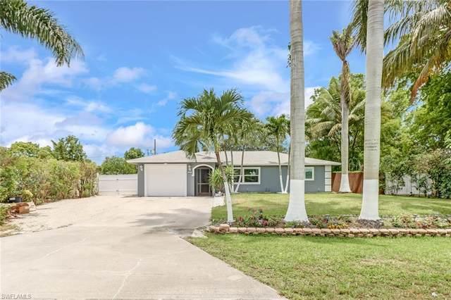 5297 24th Ave SW, Naples, FL 34116 (MLS #221036265) :: Clausen Properties, Inc.