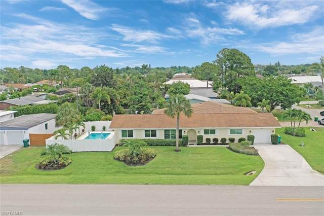 701 93rd Ave N, Naples, FL 34108 (MLS #221036981) :: The Naples Beach And Homes Team/MVP Realty
