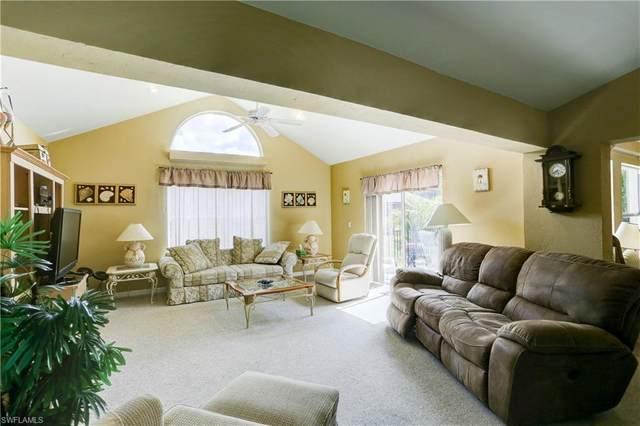 6721 Sloane Pl, Naples, FL 34104 (#221042108) :: The Dellatorè Real Estate Group