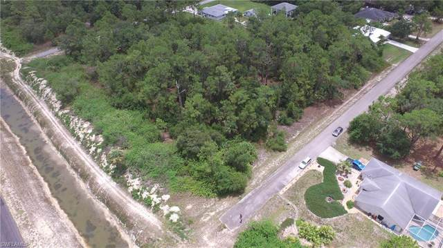 1522 Desoto Ave, Lehigh Acres, FL 33972 (MLS #221043948) :: The Naples Beach And Homes Team/MVP Realty