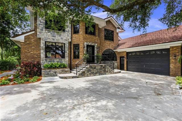 5301 Harborage Dr, Fort Myers, FL 33908 (#221045932) :: The Dellatorè Real Estate Group
