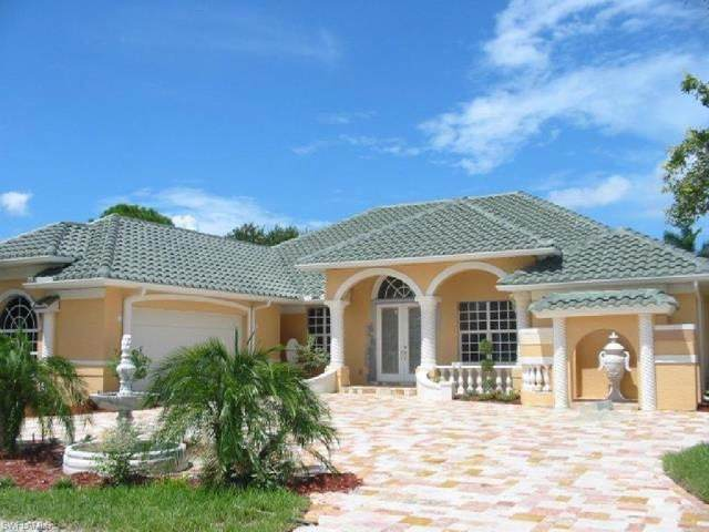 22 Timberland Cir S, Fort Myers, FL 33919 (#221050168) :: The Michelle Thomas Team