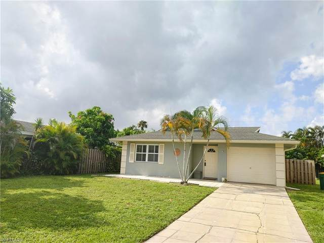 574 98th Ave N, Naples, FL 34108 (#221051979) :: Equity Realty