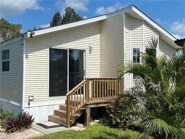 97 Isle Of Saint Thomas, Naples, FL 34114 (#221054023) :: Earls / Lappin Team at John R. Wood Properties